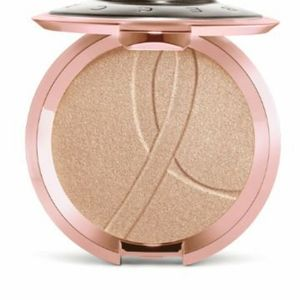 🌹Becca Limited Edition Breast Cancer Awareness